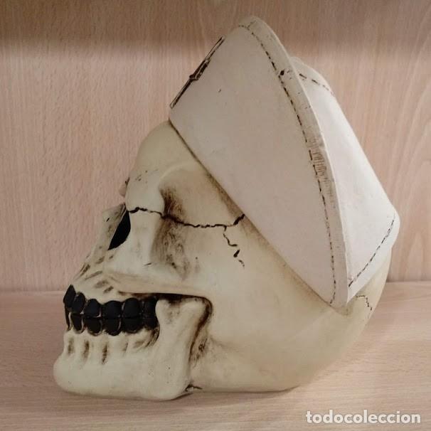 Artesanía: CALAVERA ENFERMERA de 15x12 cm en polvo de alabastro - Foto 2 - 156774233