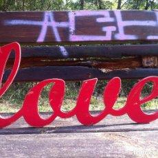 Artesanía: LETRAS DE MADERA LOVE (PARED) 50CM. LONG. PERSONALIZADO. Lote 178943427