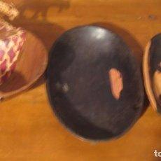Artesanía: TRES BANDEJAS DE MADERA AFRICANAS . Lote 185729717