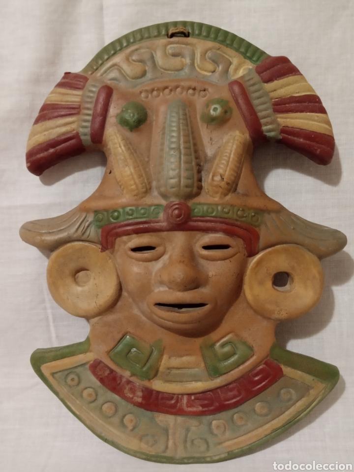 Artesanía: 2 MAGNÍFICAS MASCARAS EN BARRO,ARCILLA TERRACOTA POLICROMÍA. AZTECA,MAYA. MÉXICO. REGALO UNA TERCERA - Foto 2 - 186371856