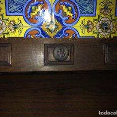 Artesanía: PERCHERO CASTELLANO EN MADERA TALLADA. ANTIGUO.. Lote 190525371