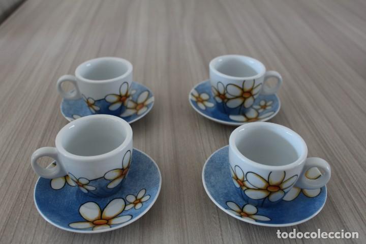 4 TAZAS Y PLATITOS DE CAFE DECORADOS CON MARGARITAS ,CASA EGAN (Artesanía - Hogar y Decoración)