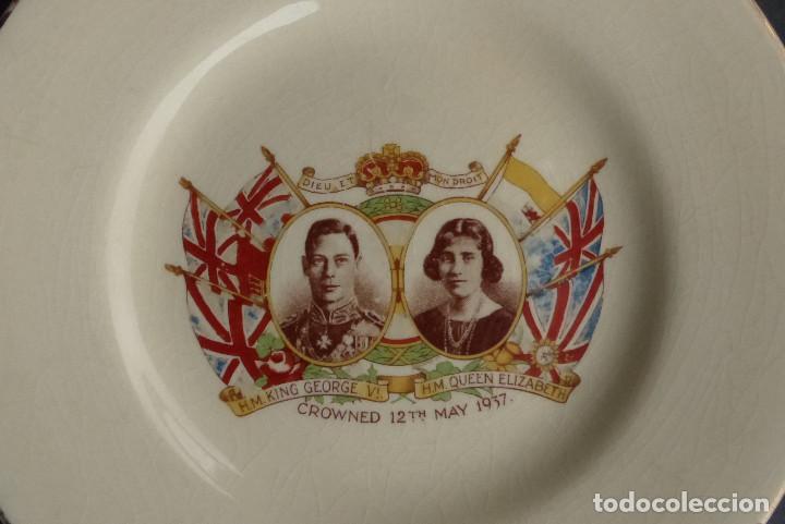 PLATO CORONACION KING GEORGE & QUEEN ELIZABETH 1937 - EMPIRE ENGLAND (Artesanía - Hogar y Decoración)