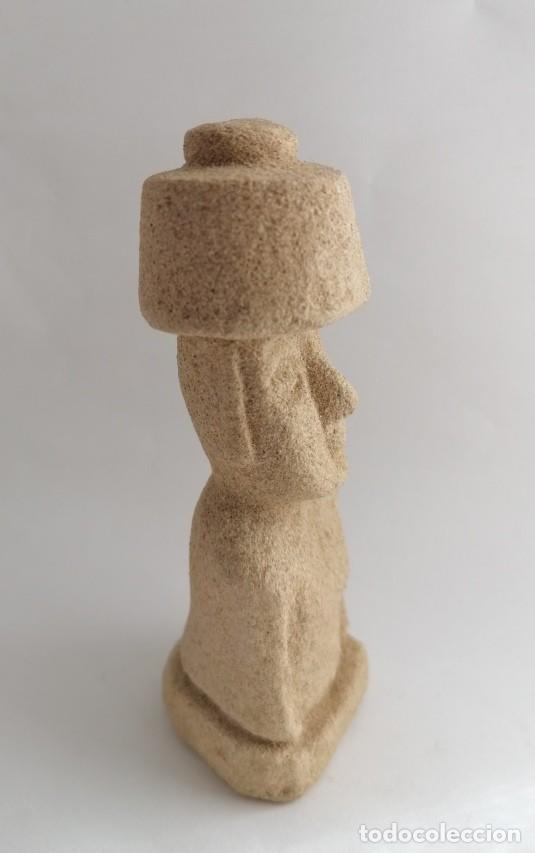 Artesanía: FIGURA DE LA ISLA DE PASCUA, EN PIEDRA ARENISCA DE VILLAMAYOR,SALAMANCA - Foto 2 - 196577078