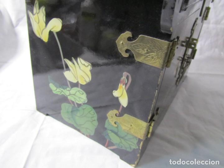 Artesanía: Joyero grande de madera pintado a mano fabricado en China, 6 cajones, 6 kg de peso - Foto 19 - 198155880