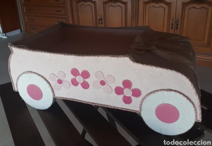 Artesanía: Coche papel reciclado cartón escaparatismo decoración - Foto 2 - 203595070