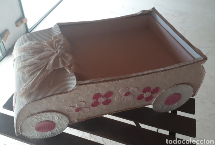 Artesanía: Coche papel reciclado cartón escaparatismo decoración - Foto 3 - 203595070