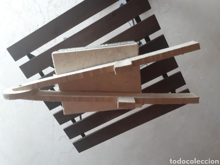 Artesanía: Carretilla papel reciclado cartón escaparatismo decoración - Foto 5 - 203595175