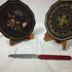 Artesanía: PLATOS DE MADERA PINTADOS A MANO. Lote 207357987