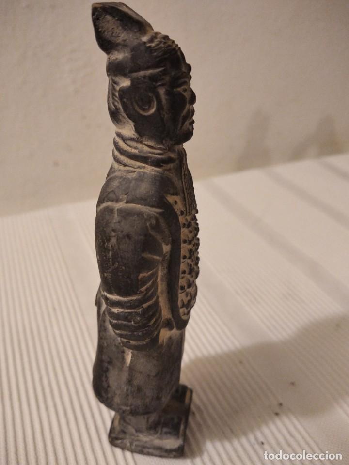 Artesanía: Guerreros de siam. Interesante lote de 5 figuras . Arcilla negra o terracota - Foto 19 - 208977568