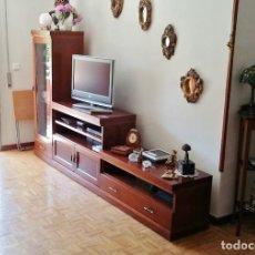 Artesanía: MUEBLE DE SALON CRISTAL MADERA CAOBA MACIZO ROBUSTO BIEN CONSERVADO (MADRID). Lote 209778095