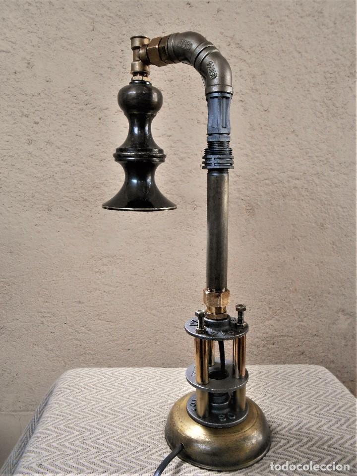 Artesanía: Lámpara de mesa - Steampunk, Altura 43 cm, Ancho 18 cm - Peso 1,07 kg Incluye Bombilla led - Foto 5 - 257704950