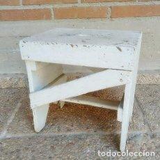 Artesanía: PEQUEÑA BANQUETA DE GANADERIA ARTESANAL. Lote 269809983