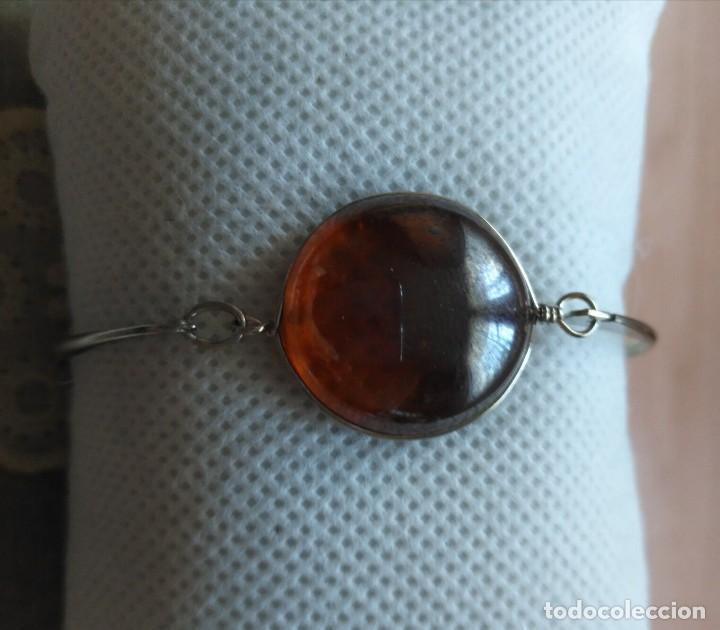 Artesanía: Pulsera / brazalete metal cierre superior con cristal naranja/marrón claro - 6cm x 4.50cm Sin uso - Foto 5 - 128375167