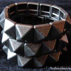 Artesanía: PULSERA METAL DE PIRAMIDES - NUEVA -. Lote 131165080