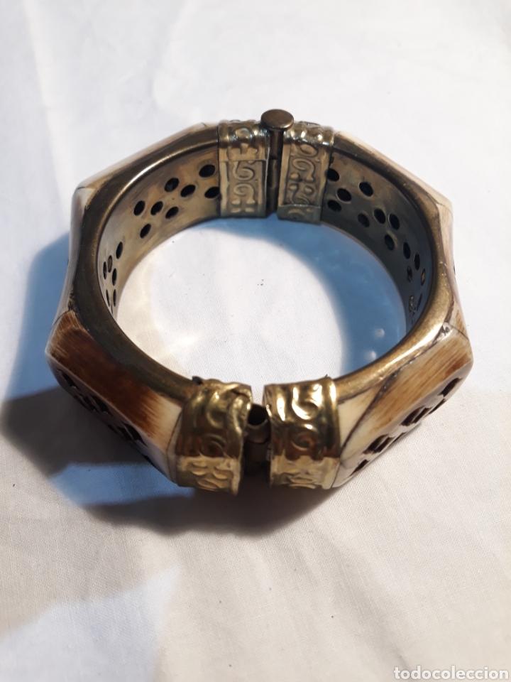 Artesanía: Arte africano, preciosa pulsera africana vintage,hueso tallado y metal. - Foto 5 - 150536926