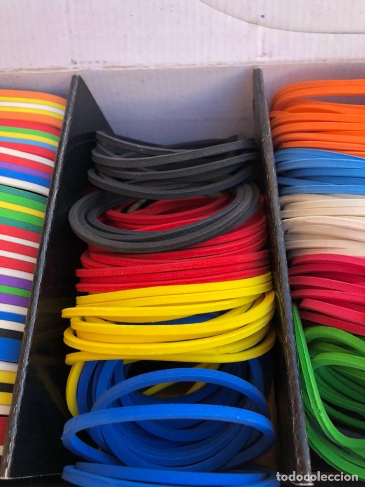Artesanía: Bonito muestrario de pulseras tucán, años 80-90 - Foto 5 - 197324317