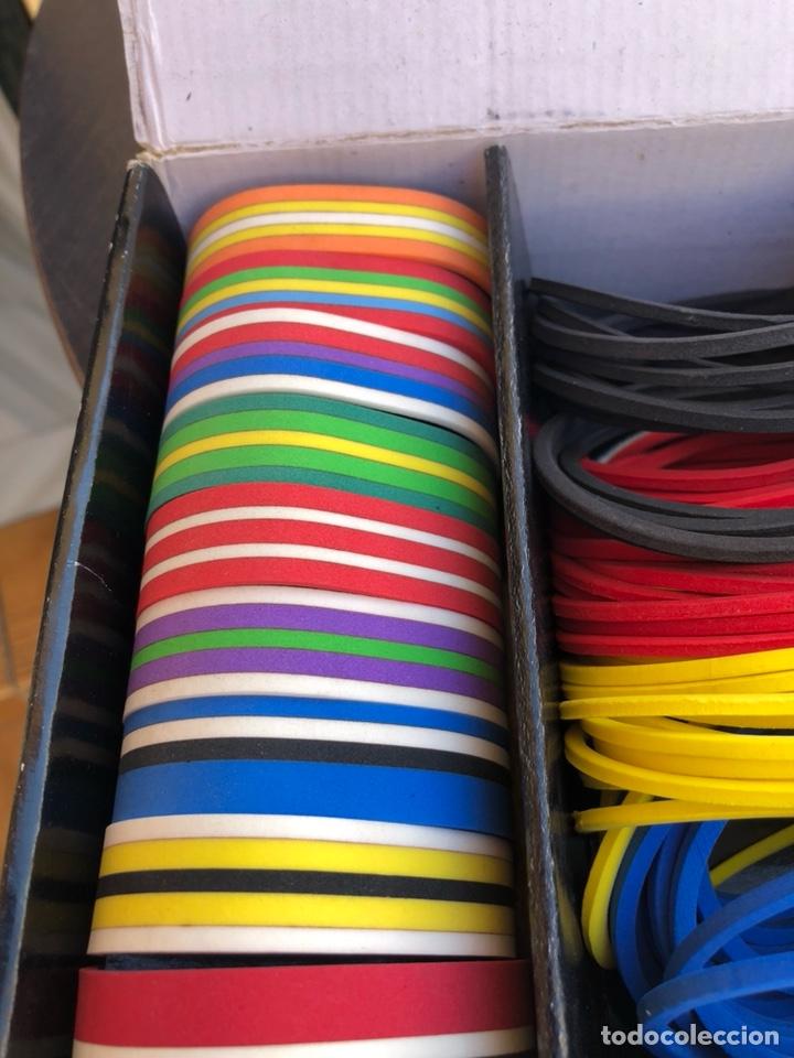 Artesanía: Bonito muestrario de pulseras tucán, años 80-90 - Foto 6 - 197324317