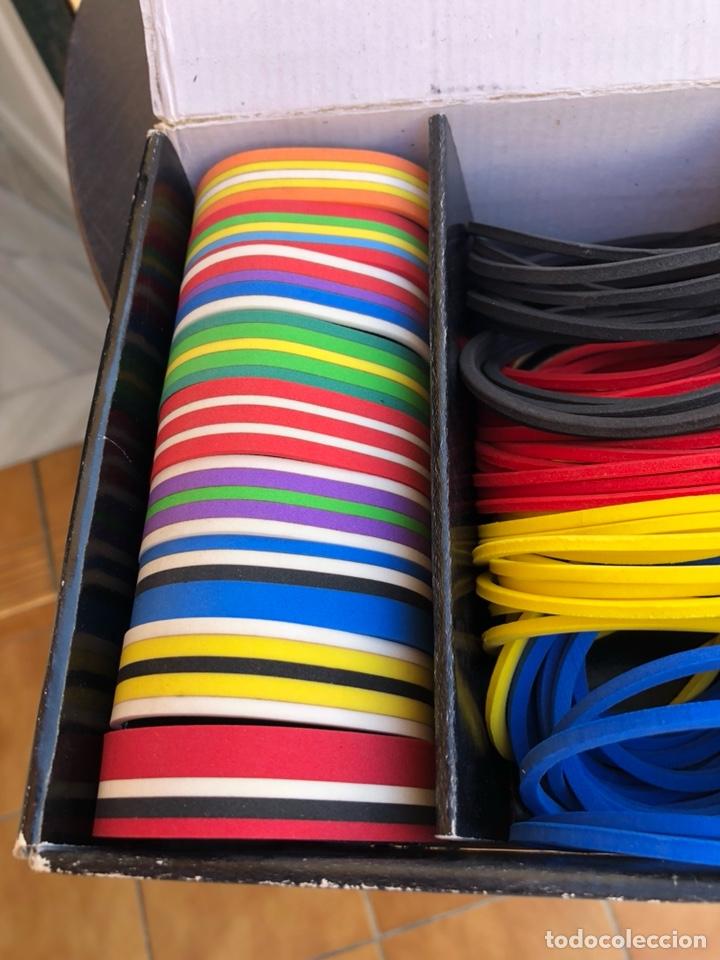 Artesanía: Bonito muestrario de pulseras tucán, años 80-90 - Foto 7 - 197324317