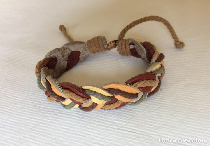 Artesanía: pulsera de cuero y cuerda entrenzada. Muy bonita. - Foto 2 - 206549626