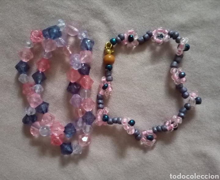 Artesanía: 3 bonitas pulseras de cuentas de colores. 2 de ellas elásticas y una con cierre - Foto 4 - 215734308