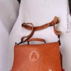 Artesanía: EXCLUSIVO Y ORIGINAL BOLSO BOTIQUIN EN CUERO. Lote 45113761