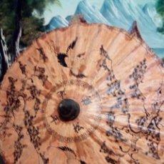 Artesanía: PRECIOSO PARAGUAS JAPONES DE BAMBÚ Y PAPEL ECHO Y PINTADO A MANO. Lote 71212249