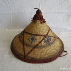 Artesanía: SOMBRERO AFRICANO HECHO A MANO. Lote 122968471