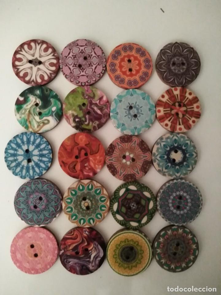 20 Botones De Madera De 25mm