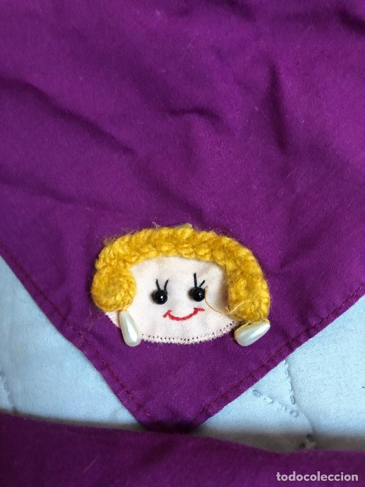 Artesanía: Pañuelo indumentaria valenciana con muñeca bordada - Foto 4 - 146523222
