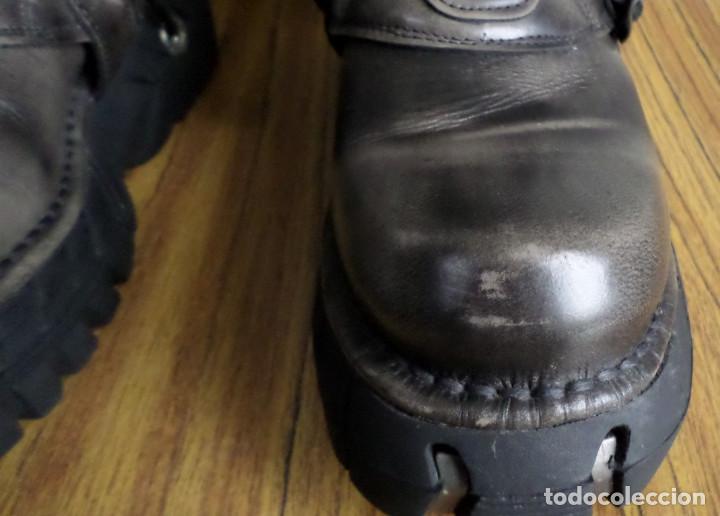 Artesanía: BOTAS DE CUERO - NEW ROCK ORIGINAL / Color marrón grisaceo / Con adornos metálicos N 42 - Foto 5 - 225224365