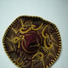 Artesanía: SOMBRERO MEXICANO BORDADO. Lote 209109436