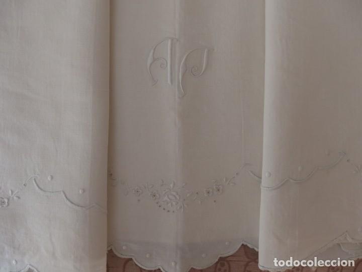 Artesanía: SÁBANA DE HILO BORDADA A MANO - Foto 2 - 216415216