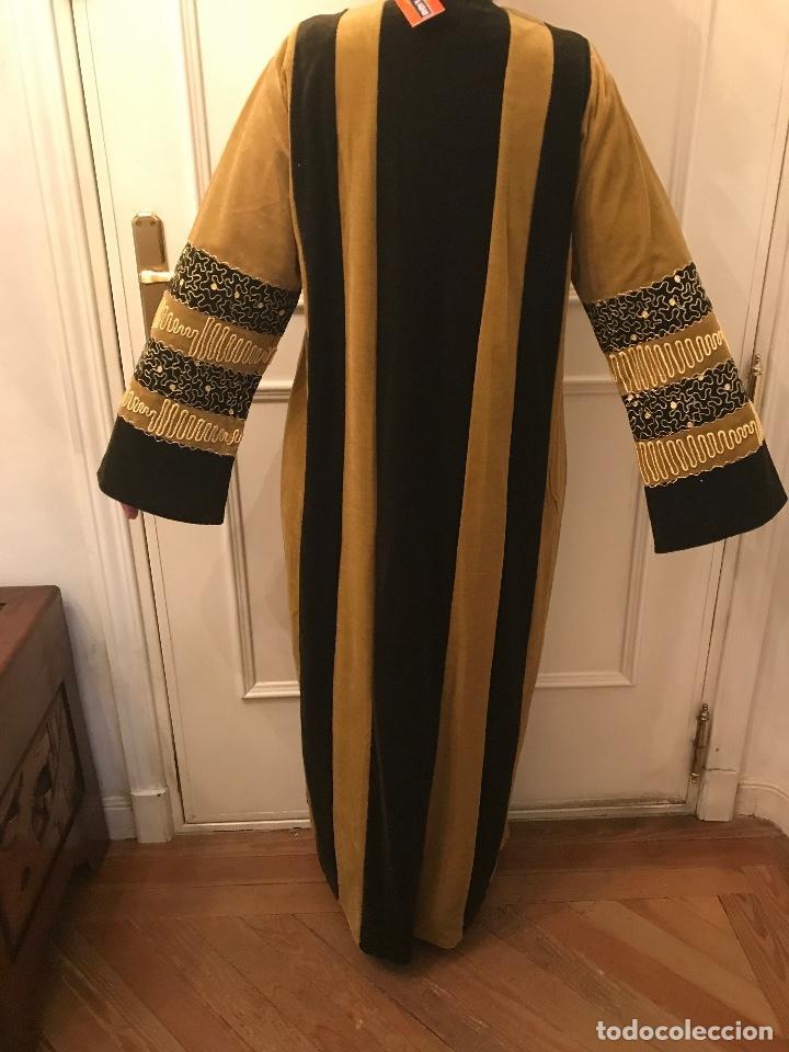 Artesanía: Traje de vestir tradicional egipcio - Foto 2 - 219004978