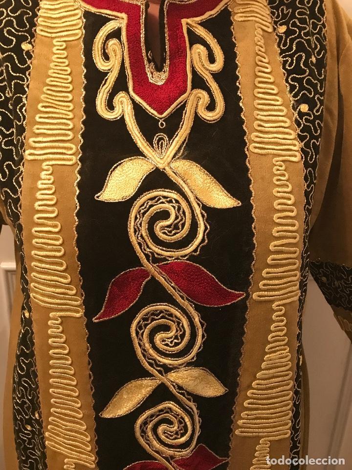 Artesanía: Traje de vestir tradicional egipcio - Foto 3 - 219004978