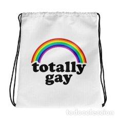 Artesanía: MOCHILA BLANCA CON CORDONES TOTALLY ORGULLO GAY LGTB LESBIANA DISEÑO IGLTA. Lote 246385975