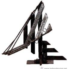 Artesanía: ESCULTURAS HECHAS A MANO ( TRAPECIO ). Lote 36284186
