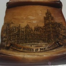 Artesanía: PRECIOSO PERGAMINO CON RELIEVE DEL PARLAMENTO DE LONDRES - 135X150 MM. Lote 45864187