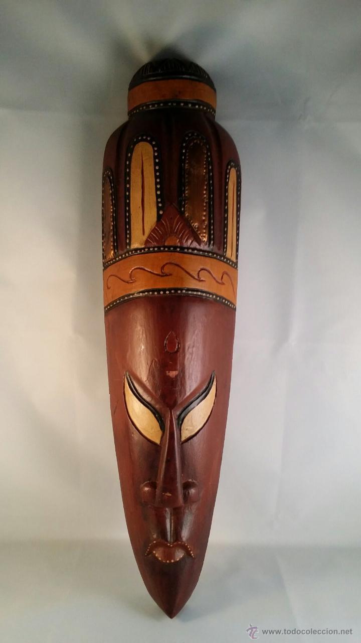 CARETA AFRICANA DE MADERA CON DETALLES EN METAL. TAMAÑO 50X13 CM (Artesanía - otros articulos hechos a mano)
