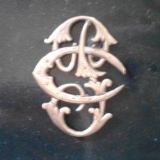 Artesanía: PRECIOSO ANAGRAMA DE PLATA DE 35 X 30 MM. Lote 50663796
