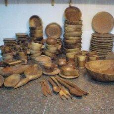 Artesanía: VAJILLA DE 126 PIEZAS DE MADERA, TALLADAS A MANO. Lote 39908671