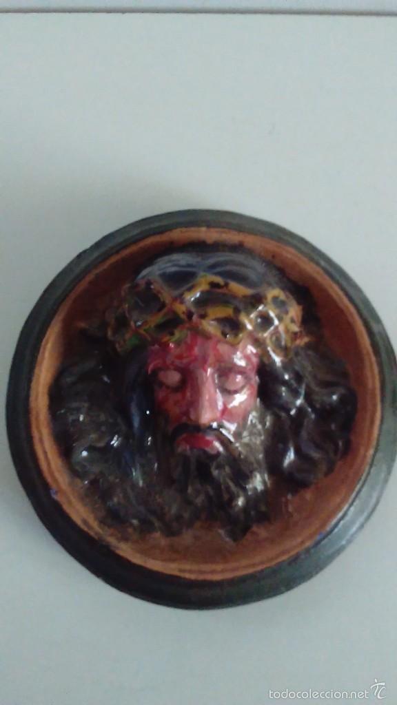CABEZA DE CRISTO EN RELIEVE PINTADA A MANO (Artesanía - otros articulos hechos a mano)