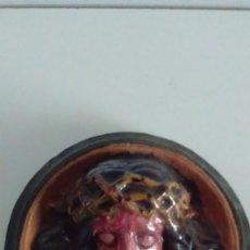 Artesanía: CABEZA DE CRISTO EN RELIEVE PINTADA A MANO. Lote 57150524