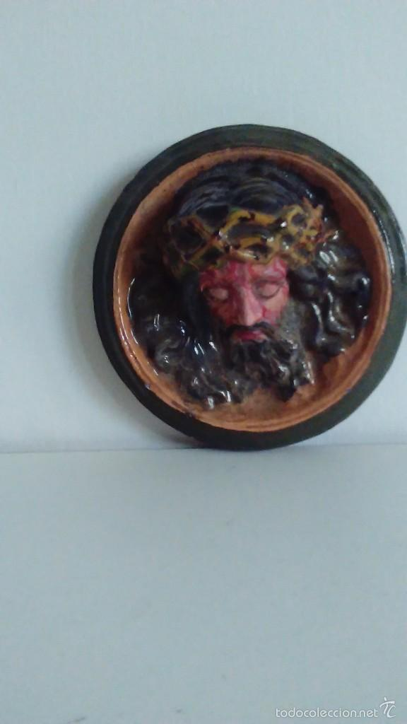 Artesanía: Cabeza de Cristo en relieve pintada a mano - Foto 2 - 57150524