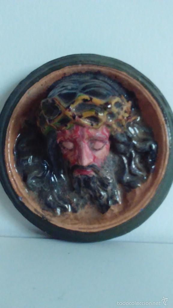 Artesanía: Cabeza de Cristo en relieve pintada a mano - Foto 3 - 57150524
