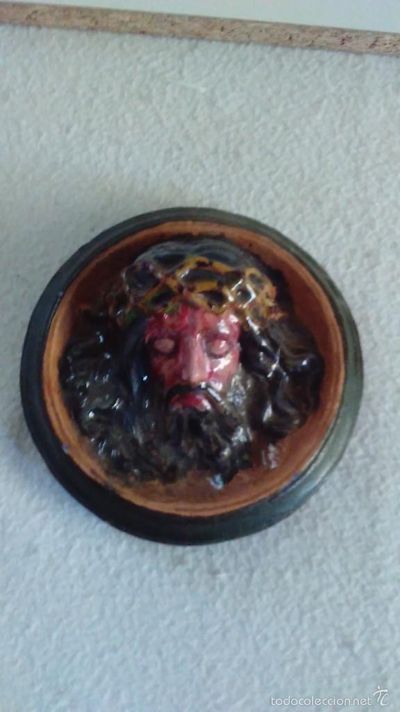 Artesanía: Cabeza de Cristo en relieve pintada a mano - Foto 7 - 57150524