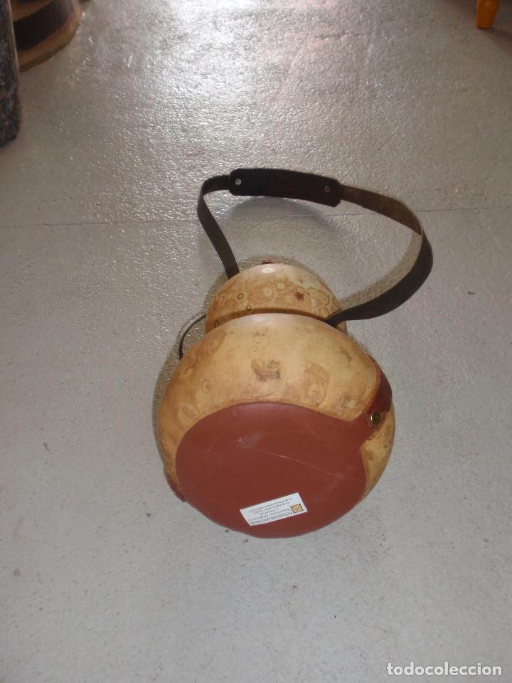 Artesanía: Calabaza robusta - Cantimplora para agua, licores, etc. Calabaza camino de santiago. 36 cm - Foto 2 - 80884455