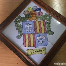 Artesanía: PUCHADES. CUADRO HERALDICO EN CERAMICA 4 AZULEJOS 20X20 CM PINTADOS A MANO.. Lote 94590752