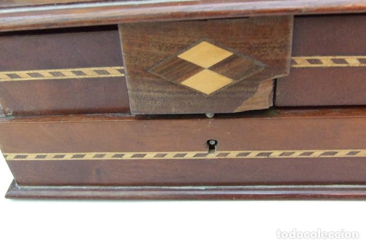 Artesanía: ANTIGUA CAJA DE TARACEA ARTESANAL CON COMPARTIMENTOS - Foto 2 - 102578847