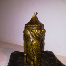 Artesanía: VELA ORIGINAL MUY AUTENTICA, CON UN PEQUEÑO GOLPE EN LA PARTE BAJA.. Lote 115143822